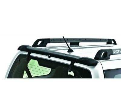 Дефлектор заднего стекла Nissan Pathfinder -2005 темный EGR (527151)